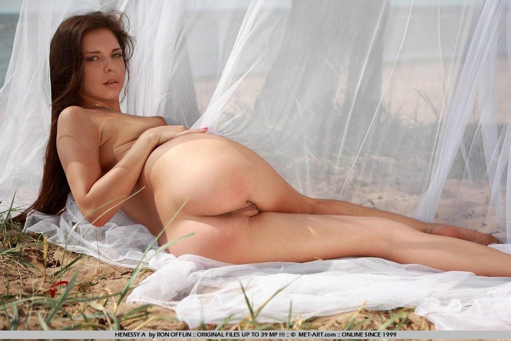 Nude henessy Henessy nude