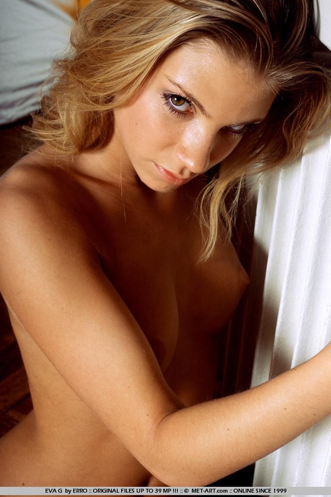 Эротический фотосет Eva G
