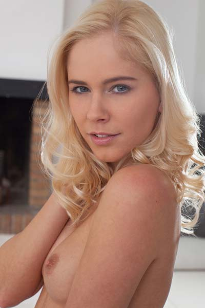 Slender blonde Tracy A is the definition of beauty
