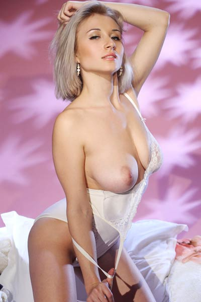 Adorable Isabella D slips out of her ravishing white lingerie and teases naked