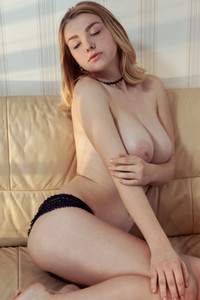 Daniel Sea takes everything off and puts her soft curves out on display