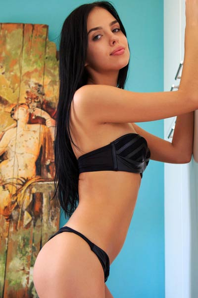 Black haired angel Venice Lei gives us the perfect view of her delectable pussy