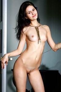Megan Brown  nackt