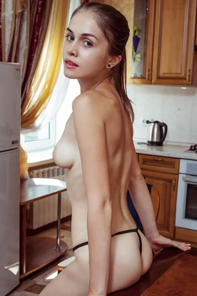 Get in the kitchen of Maria Espen and have fun with her