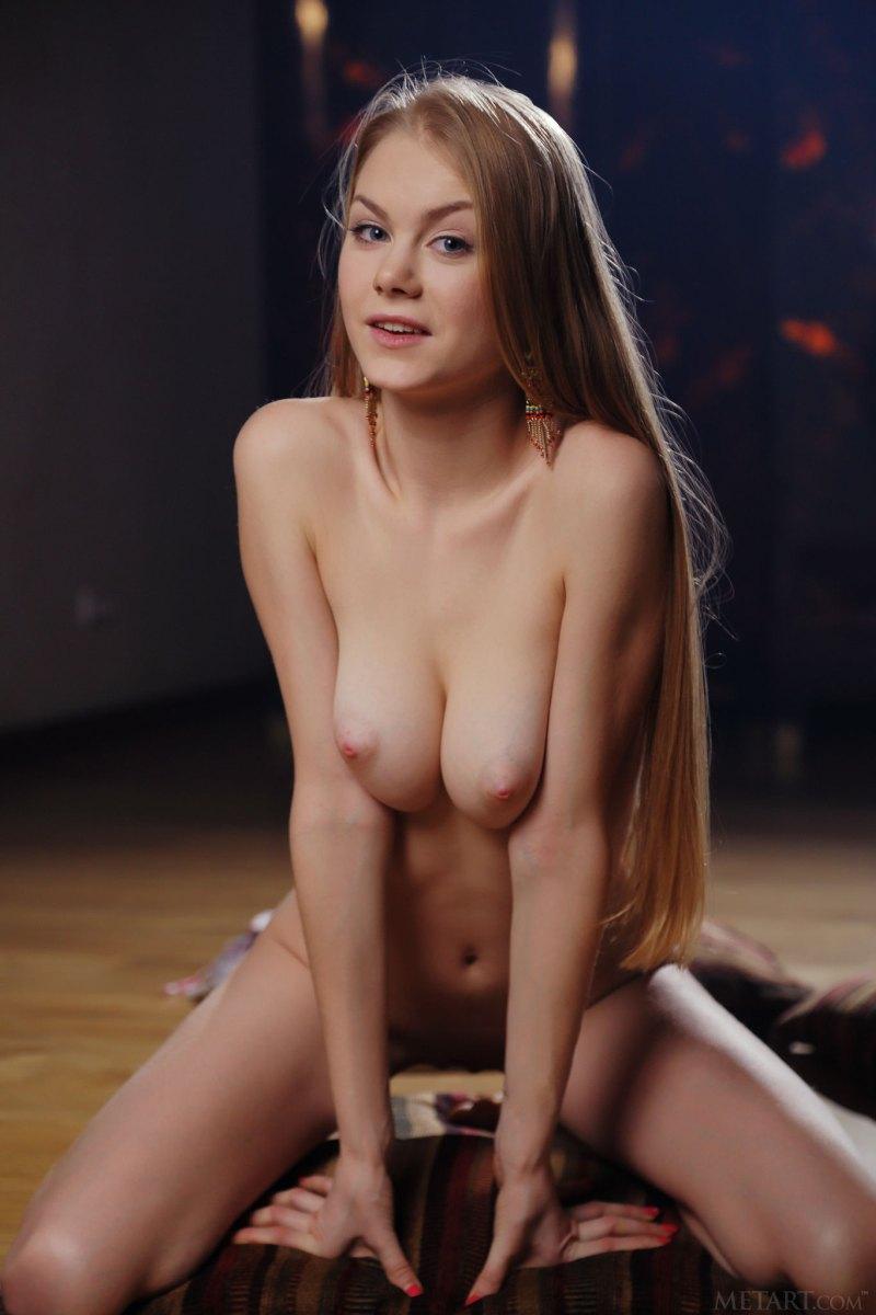 Эротические фотосеты Nancy A (Майи Коноваленко)