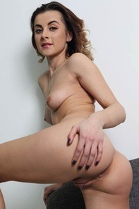 Incredibly hot babe Juck bends over to show us her amazing ass and sweet pussy