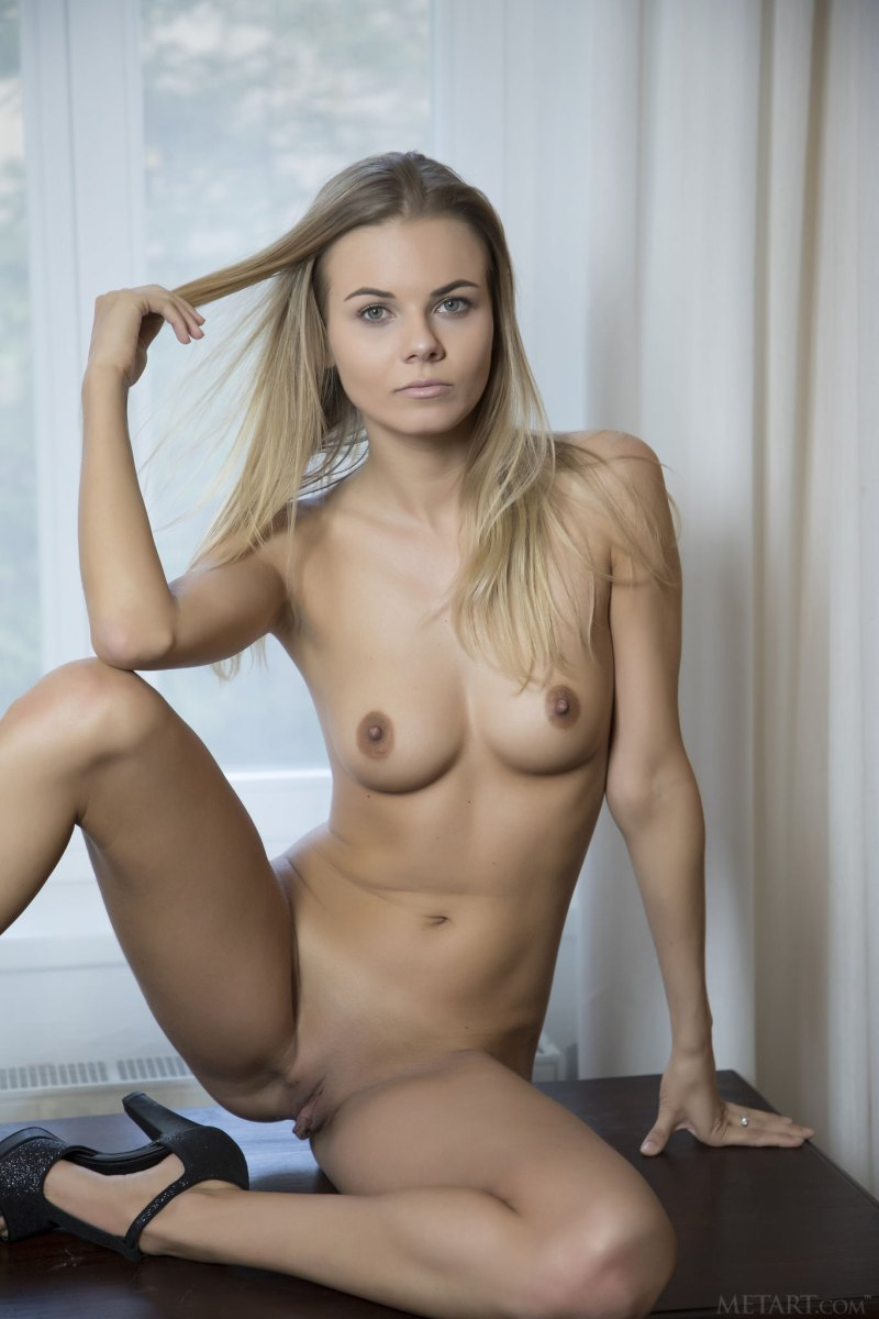 Эротические фотосеты Nordica