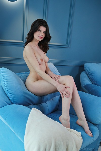 Davina in Chilled Out from Met Art