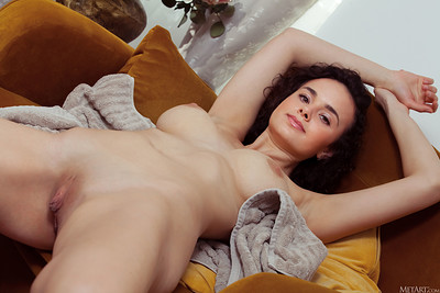 Arcadia in Heart of Gold from Metart